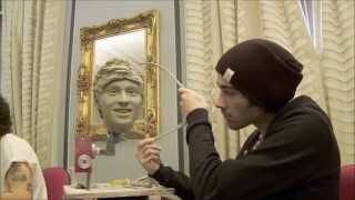 Repeat youtube video One Direction Wax Figure || Behind The Scenes FULL
