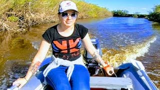Fishing with Natasha for carp Fishing American-type casting net catches healthy carp Fishing 2020