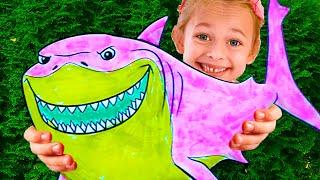 Майя и Маша играют в 3 Маркер Челлендж + Веселые Песни для детей