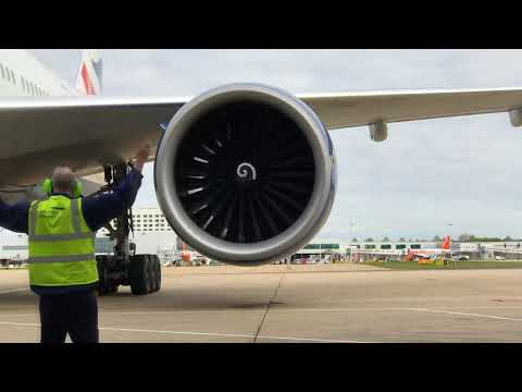 Test launch of the Boeing 777 engine