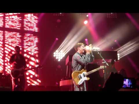 James Blunt - Heart To Heart (live Arena Genève 24/03/14)
