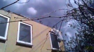 Ураган в Крыму. 21 апреля16 г(На следующий день после урагана. Соседская крыша пролетела около 60 метров по воздуху.Это всё произошло..., 2016-04-21T10:02:54.000Z)