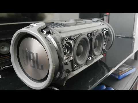 JBL Xtreme - Bass test (Disassembled)