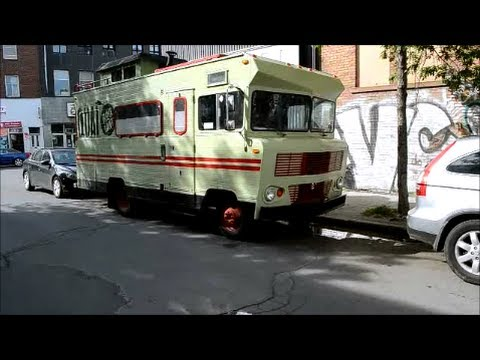 1973 WINNEBAGO BRAVE RV SIGHTING