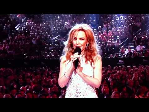 Kylie Minogue introduces Black Eyed Peas at Billboard Music Awards 2011