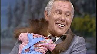 Johnny Gets a Hug From a Baby Orangutan On This Classic Joan Embery Appearance  02/28/1978