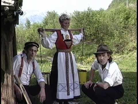 """Busserulls: """"Plukka plommer i Hardanger"""""""