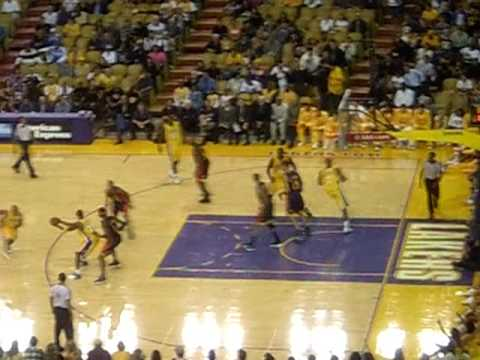 Warriors vs Lakers Lakers vs Warriors. October 9, 2009. Inglewood, California ...