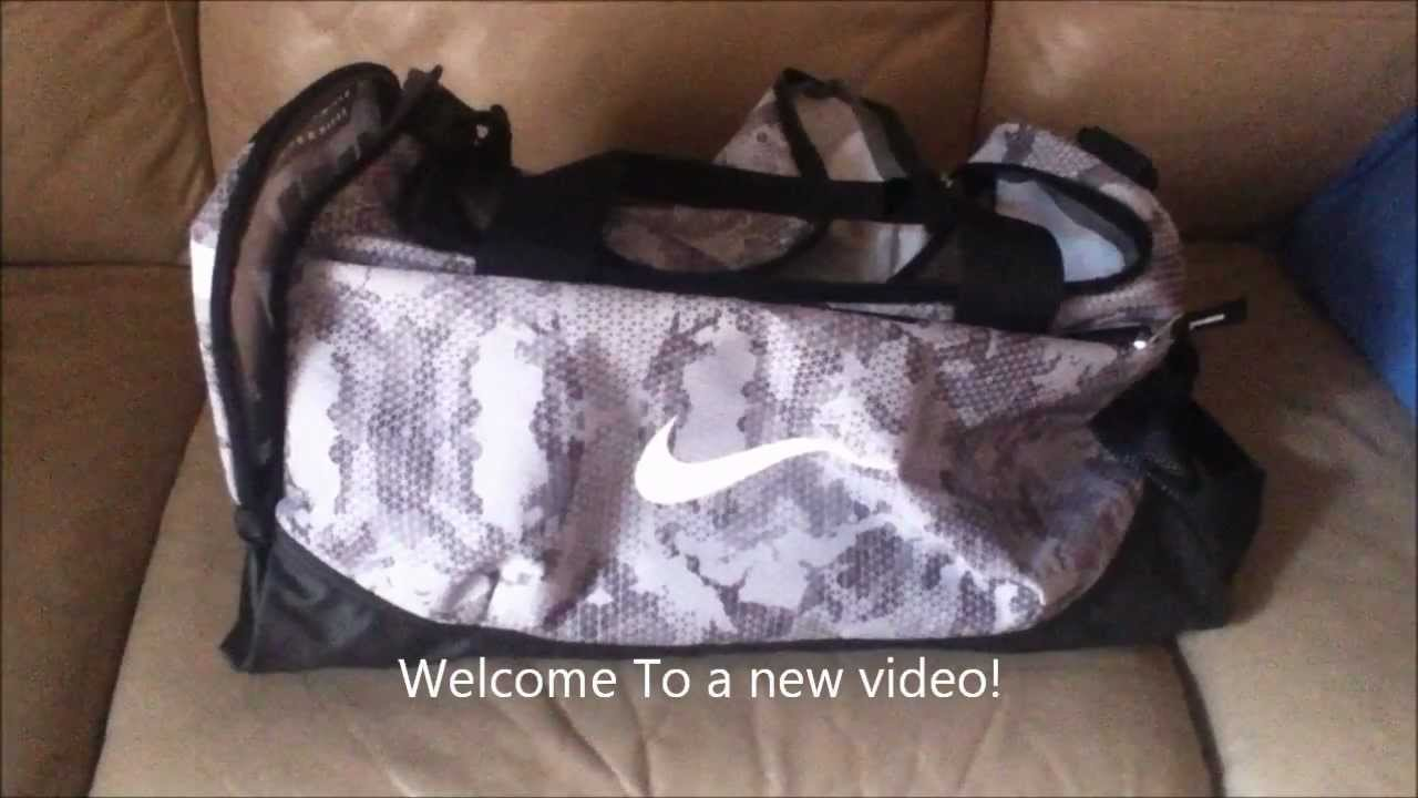 4bd7e1a571c REVIEW  Nike Team Training Small Graphic Bag - YouTube