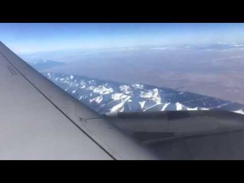 United Airlines B737 Over The Continental Divide