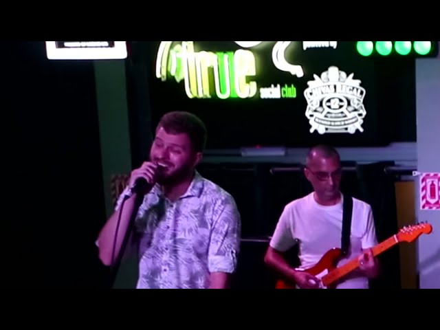 Random Band - Tennessee Whiskey (LIVE COVER) He killed this song! MUST SEE