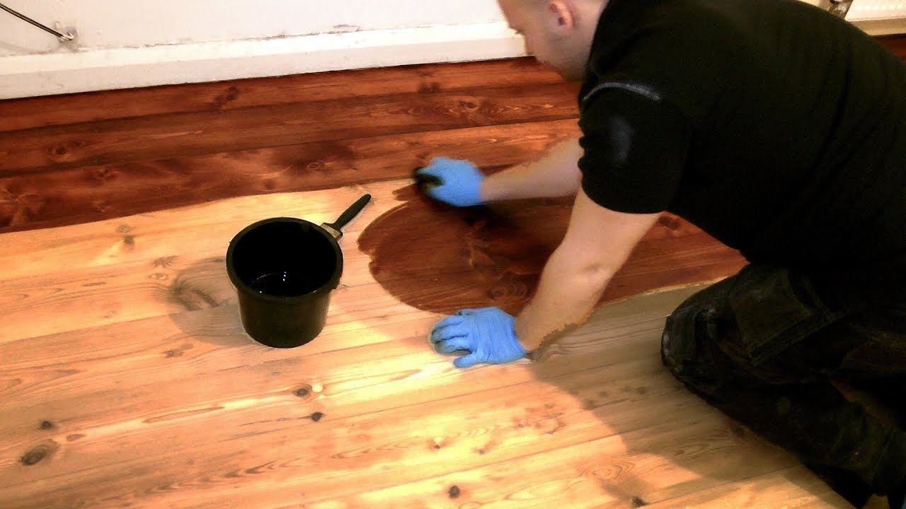 How To Stain A Wooden Floor Pro Method For Diy Youtube