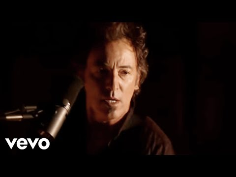 Bruce Springsteen - Radio Nowhere (Video)