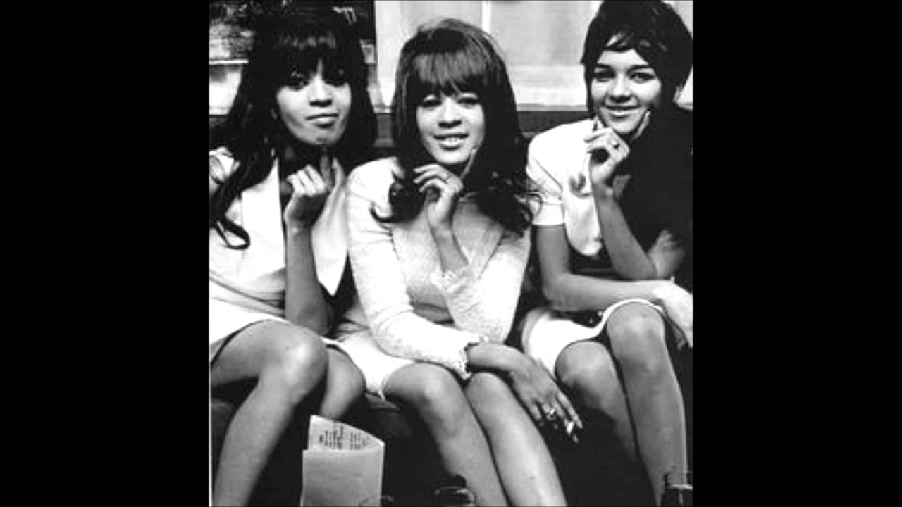The Ronettes Be My Baby Walking In The Rain