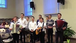 Evanghelizare-invitati pastor Vasile Bojor si grupul de tineri din Daia