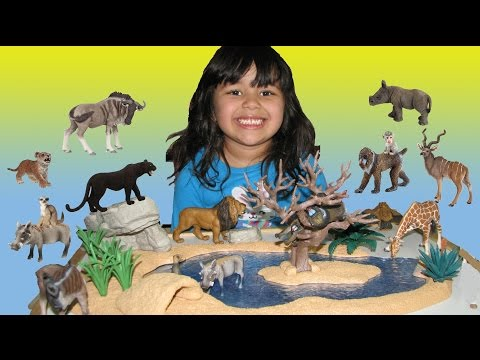 Happy Cute ZOO Animals for Kids 4 Year Old is Playing and Learning Animals Schleich