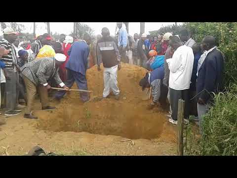 A TYPICAL AFRICAN BURIAL