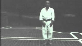 Hironori Otsuka sensei - Pinan Sandan
