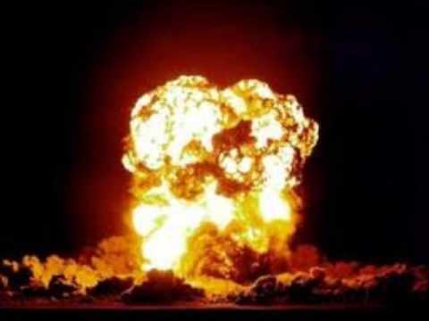 La java des bombes atomiques / Vincenzo La Spesa
