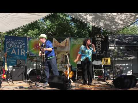 John Sebastian, Maria Muldaur - Woodstock NY Library Fair July 23, 2016