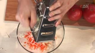 Сосиски в стиле лайт с салатом из кольраби
