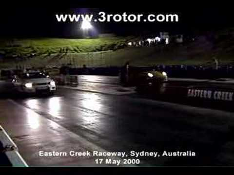 Porche 911 vs Skyline GT-R gozila