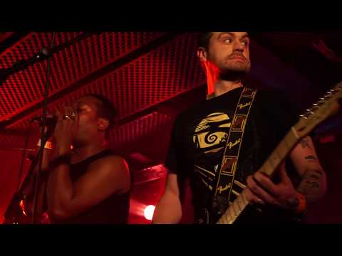 Blake Diamond & the Pearls - Live @Le Batofar - Part 1