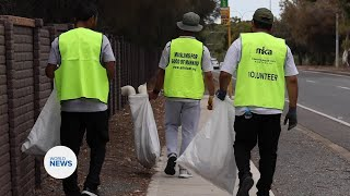 Ahmadi Muslims take part in Clean Up Australia Day