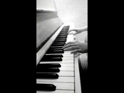 Kara sevda - Kokun Hala Tenimde Piano