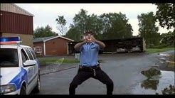 Kopps: Funny fighting scene