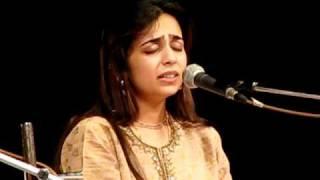 Hridaynath and Radha Mangeshkar sing