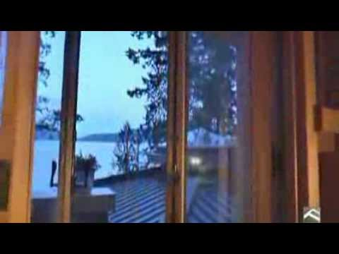 Posts Standing: a Residence on Gambier Island