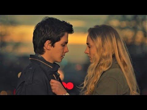 #908【谷阿莫】5分鐘看完2018重複穿越討好女朋友的電影《時間怪客 Time Freak》