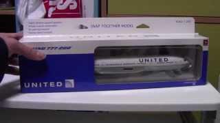 【飛行機模型】ユナイテッド航空 Boeing777-200 1/200 開封&レビュー