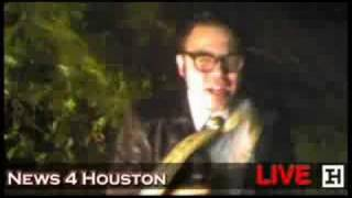 Hurricane Ike Houston, Texas Reporter loses it in Severe Weather hurricane in harris county