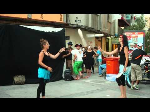 ZIRKROBAJKA - streetshow (shot in izmir, turkey)