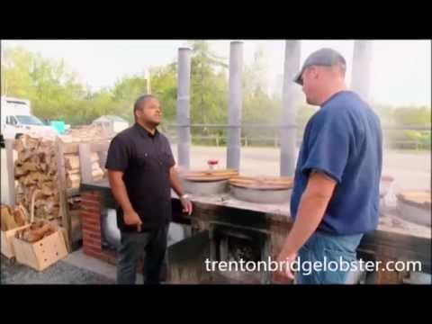 Roger Mooking visits Trenton Bridge Lobster Pound