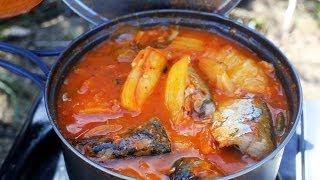 Kimchi And Mackerel Camping Stew (김치찌개)