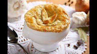 Przepis-  Zupa cebulowa pod pierzynką (przepisy kulinarne Przepisy.pl)