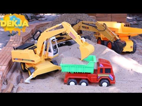 รถก่อสร้าง รถแม็คโครกับรถดั้มบังคับด้วยมือ - Excavator And Dump Truck