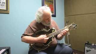Carter Vintage Guitars - David Grisman on a 1924 Gibson H-5 Mandola