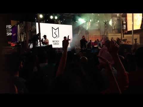 Mickey Singh Live Medley 2017 Diwali Festival @TimeSquare #DATS2017
