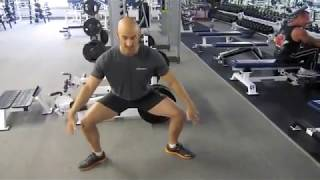 Sumo Squat Tips and Tricks To Sculpt Your Glutes, Hamstrings, and Inner Thighs