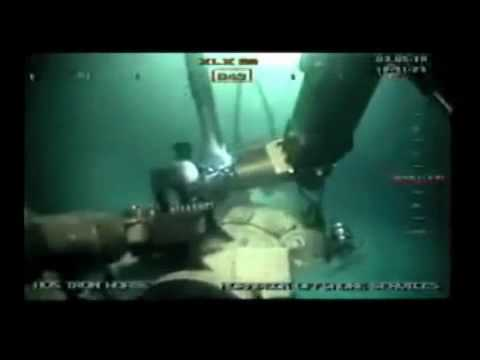 Oil Spill Disaster 2010 (part69) -  ROV Conducts Subsea Operations
