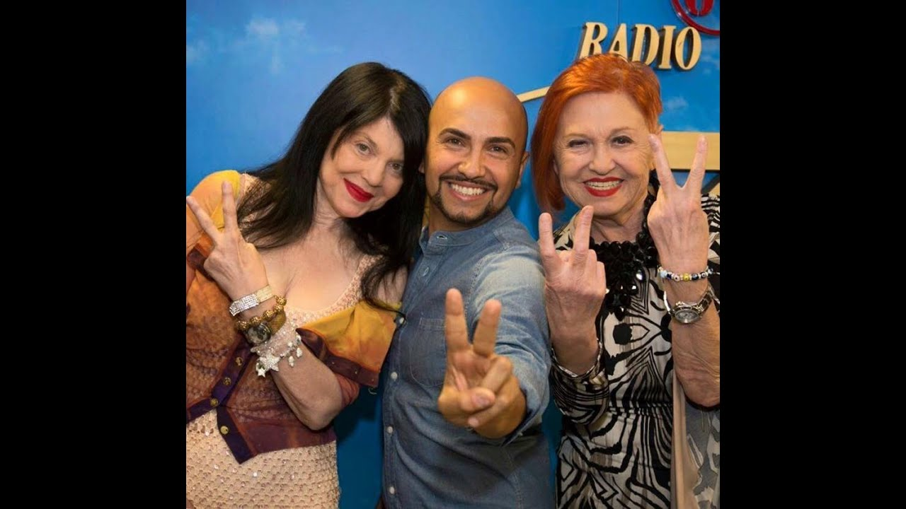 Wanna Marchi E Stefania Nobile In Radio Youtube