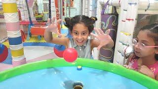 Magic play ball.Indoor Playground for kids Family Fun | Sıla ve Mira Oyun parkında.Fun Twins