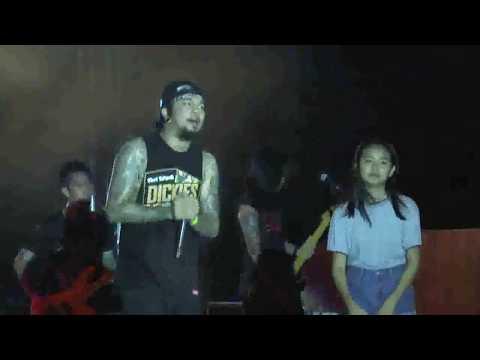 14 Years Old Girl Jams with Slapshock Agent Orange at KAOGMA Fest 2017, Camarines Sur