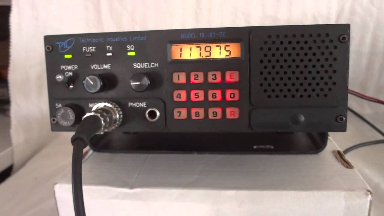 Tecnisonic TiL 91 DE avionics airband transceiver