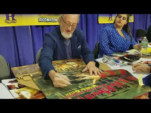 Robert Englund Signing My Nightmare On Elm Street 4 Standee (RICC 2017)