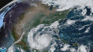 Delta toca tierra cerca de Puerto Morelos, en México y podría alcanzar categoría 4